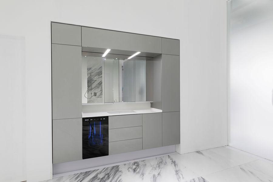 AXENT XT-Cabinet Smart Mirror
