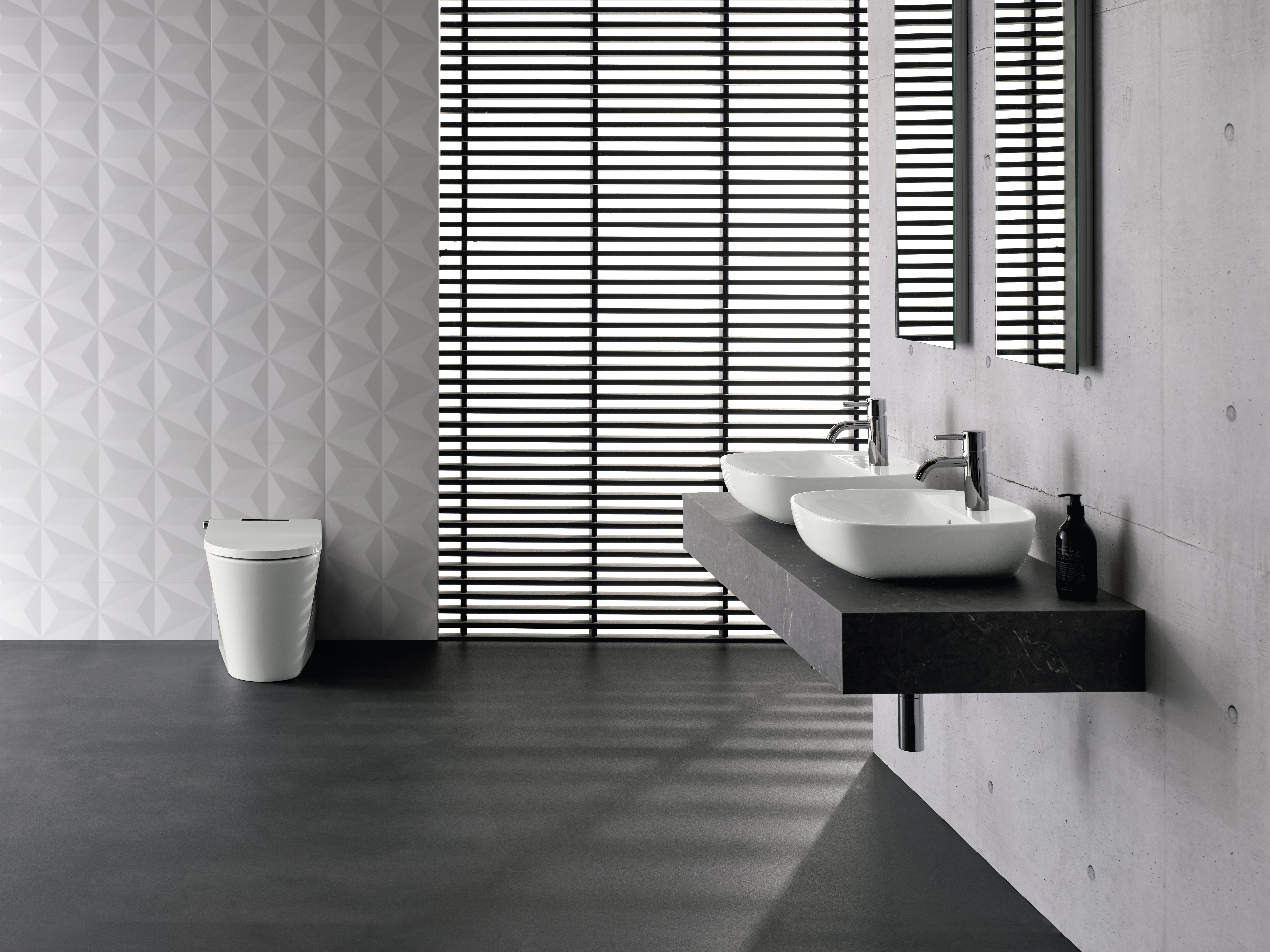 AXENT.ONE C Collection Bathroom Vignette